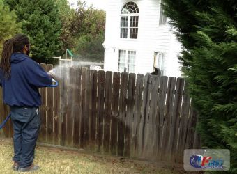 first_in_pressure_washing_deck_fence-11