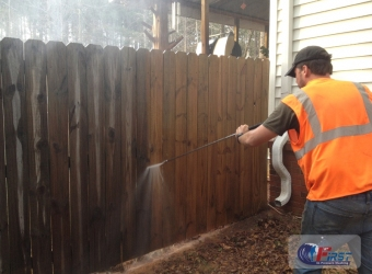 first_in_pressure_washing_deck_fence-14
