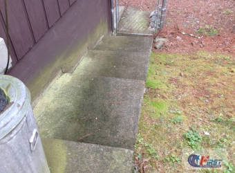 first_in_pressure_washing_residential-10